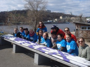 Alex together with other FLEX alumni at Let's Do It Ukraine GYSD project 2011