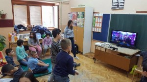 Marko Vignjevic - Children enjoying their dancing video game