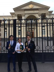 Shahen with Aram Serobyan '12 and Lucy Manukyan '14, Presidential Prize