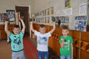 Deny Chechelnytskyy - At sports museum and gym (9)